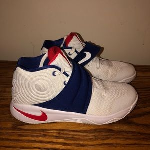 Kyrie 2 USA (just be you) Nike Shoes